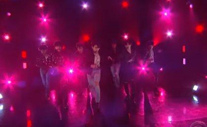 VÍDEO: BTS deslumbran con su coreografía al interpretar Fake love en televisión