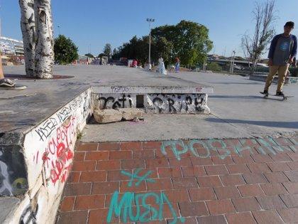 """IU pide un plan de mejoras ante el """"lamentable estado"""" del skatepark de Plaza de Armas"""