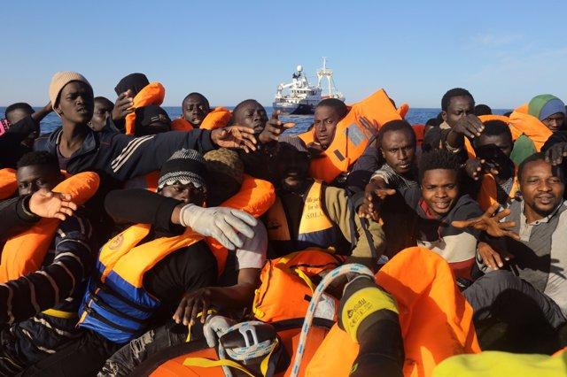 Migrantes rescatados en el Mediterráneo