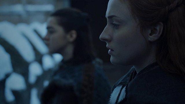 Sansa y Arya Stark en Juego de Tronos
