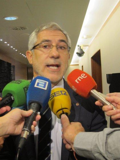 """Llamazares, sobre la dirección federal de IU: """"Nos tratan como Roma trataba a la aldea gala"""""""