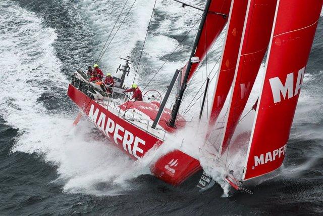 El 'MAPFRE' aguanta el liderato a unas 32 horas de llegar a Gotemburgo