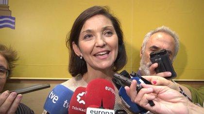 Toma posesión en la Asamblea el diputado del PSOE Rafael José Velez que sustituye a la ministra Reyes Maroto
