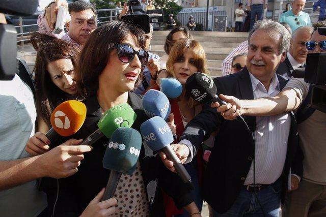 Juana Rivas, a su llegada a los juzgados