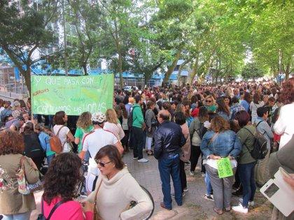 """Los sindicatos destacan el seguimiento """"masivo"""" de la huelga de la educación"""