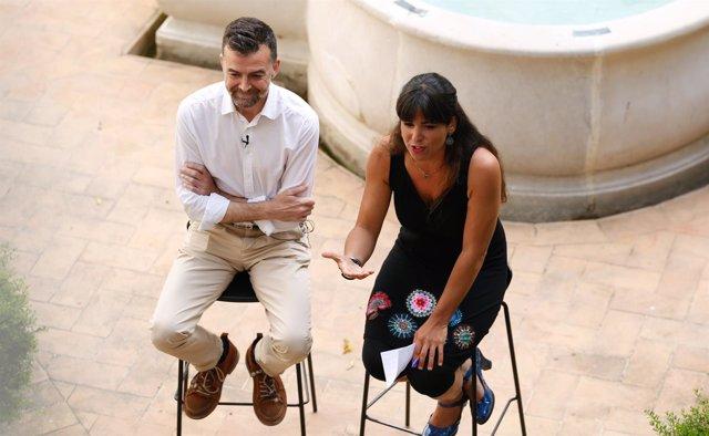 Antonio Maíllo y Teresa Rodríguez en un acto de la confluencia este martes