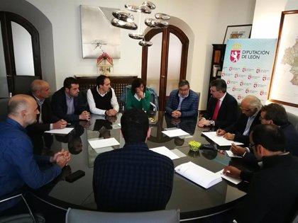 """Diputación de León apuesta por la """"unión"""" de los productores para conseguir una figura de calidad para la miel"""