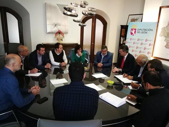 """La Diputación De León Apuesta Por La """"Unión"""" De Los Productores Para Impulsar La"""
