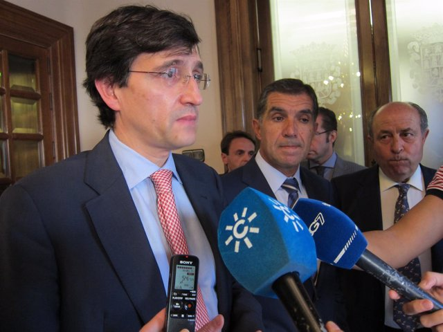 Manuel Arenilla Sáez y el presidente del TSJA, Lorenzo del Río