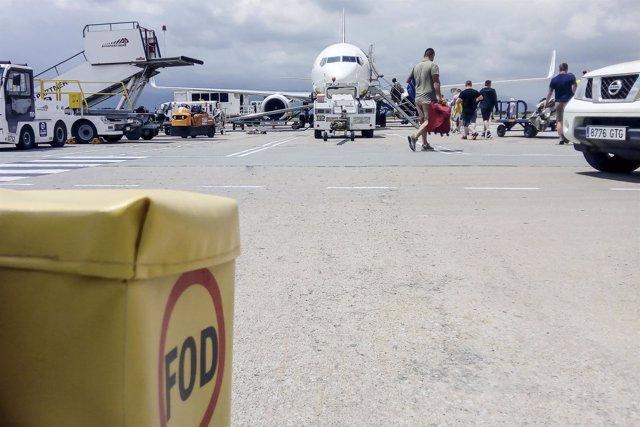 Contenedores FOD en el Aeropuerto de Girona