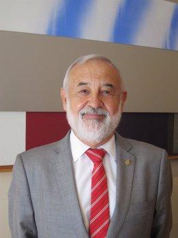 El gerente del Consorcio Pro Expo Zaragoza 2008, Ángel Val