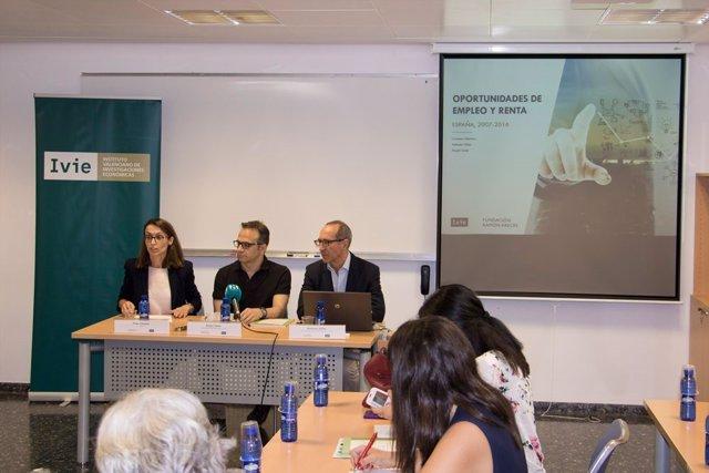 Presentación Oportunidades de empleo y renta en España