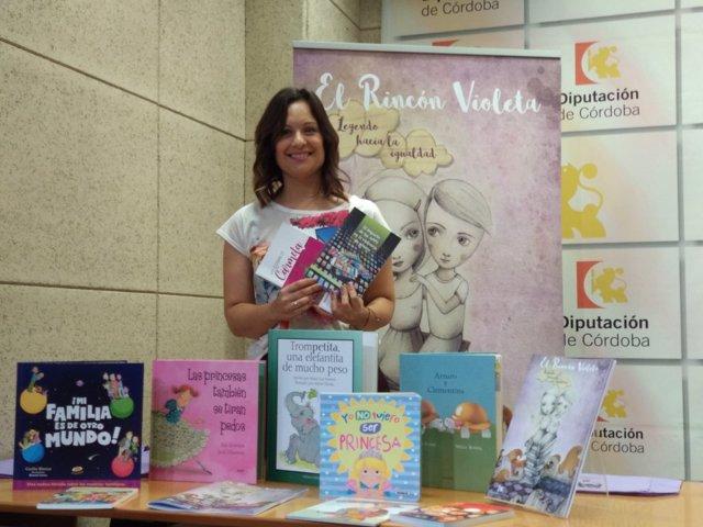 Guijarro presenta los libros de 'Rincón Violeta'