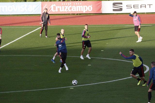 Entrenamiento selección española Ciudad Fútbol Rozas concentración