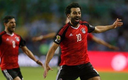 """Cúper: """"Casi puedo asegurar al 100% que Salah jugará"""""""