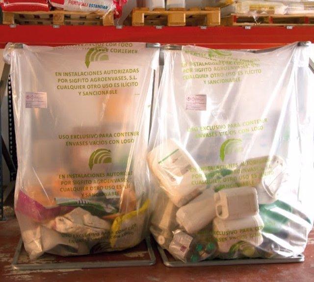 Recogida de envases de uso agrícola para su reciclaje