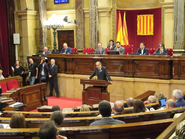 El Presidente De La Generalitat, Quim Torra, Interviene En El Parlament