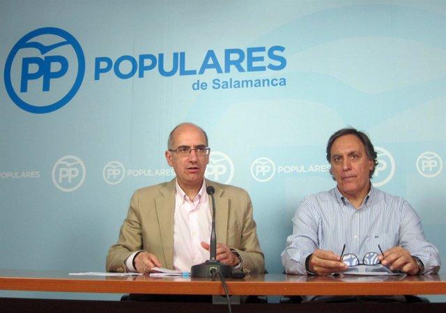 Iglesias y García Carbayo en la sede del PP de Salamanca.