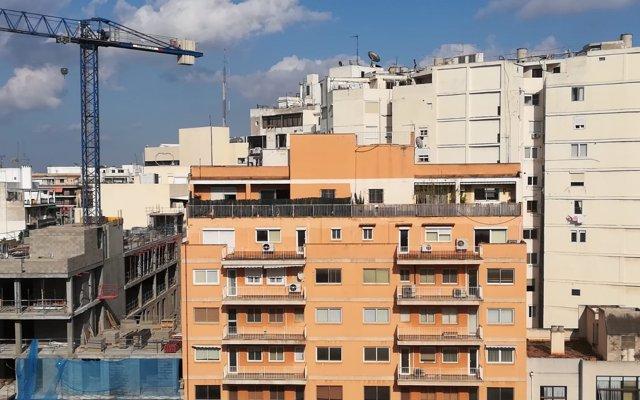 Barcelona destinará 2,9 millones a ayudas para pagar el IBI y el alquiler