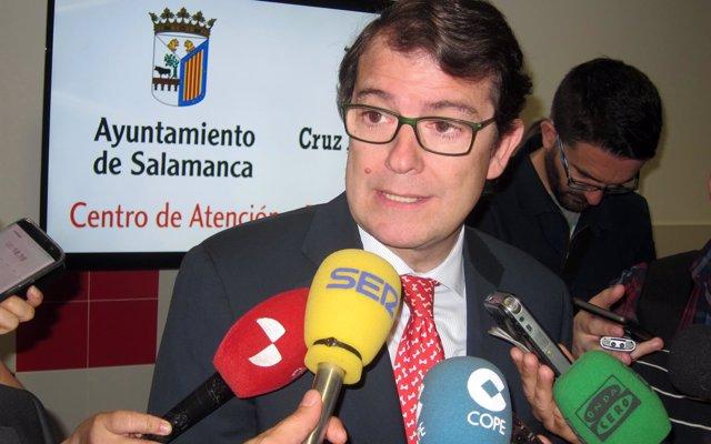 Fernández Mañueco muestra su rechazo a la petición del País Vasco sobre Treviño
