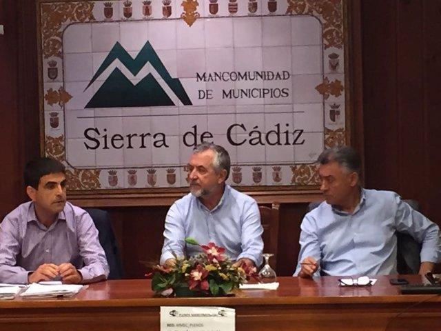 Reunión Junta con alcaldes de la Sierra de Cádiz
