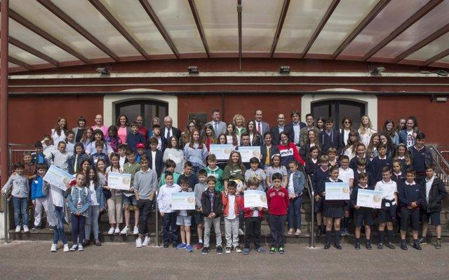 Cuatro colegios reciben los premios del concurso escolar de reciclaje de MARE