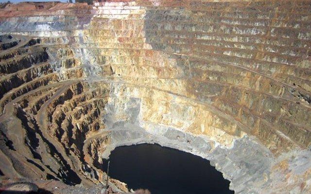 Cuatro personas fallecen por un corrimiento de tierra en una mina de oro en Honduras