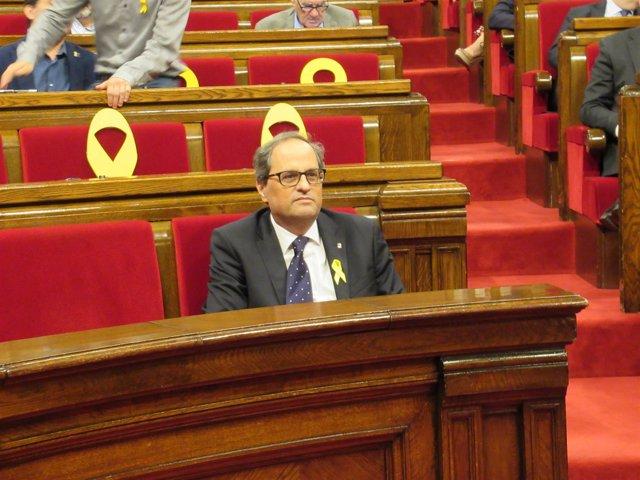 El presidente de la Generalitat, Quim Torra, sentado solo