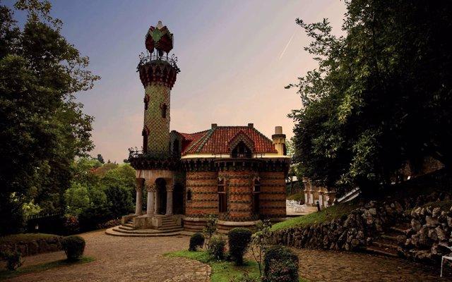 'El Capricho' de Comillas se suma a una iniciativa en Facebook por el 166 aniversario de Gaudí