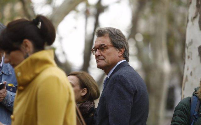 Mas revela que intentó pactar con Iglesias y Sánchez en 2015 para 'relevar' a Rajoy del Gobierno