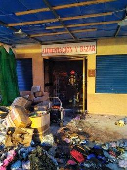 Bomberos del Consorcio y del Ayuntamiento de Cartagena extinguen un incendio