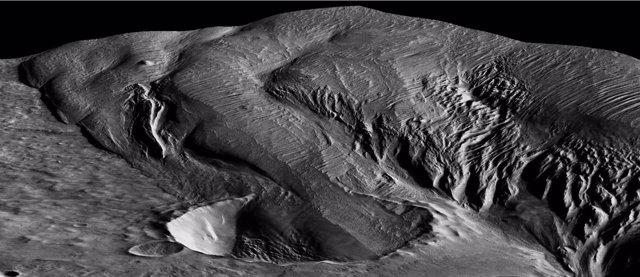 Vulcanismo explosivo explica una misteriosa formación rocosa en Marte
