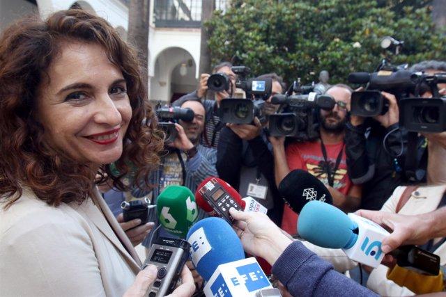 La futura ministra de Hacienda María Jesús Montero deja el Parlamento andaluz