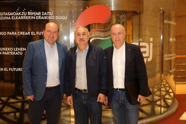 Reunión de Andoni Ortuzar (PNV) y Pepe Álvarez (UGT)