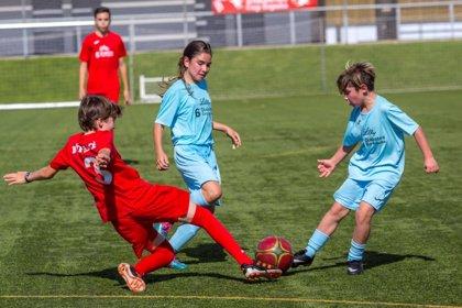 """Sesenta niños con diabetes tipo 1 participan en la sexta edición de la Diabetes Cup para """"perder los miedos al deporte"""""""