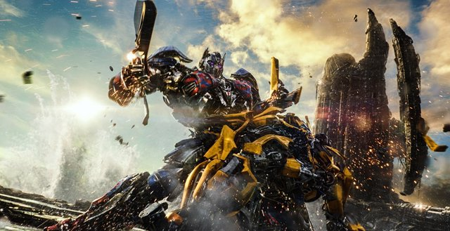 Bumblebee y Optimus Prime en Transformers
