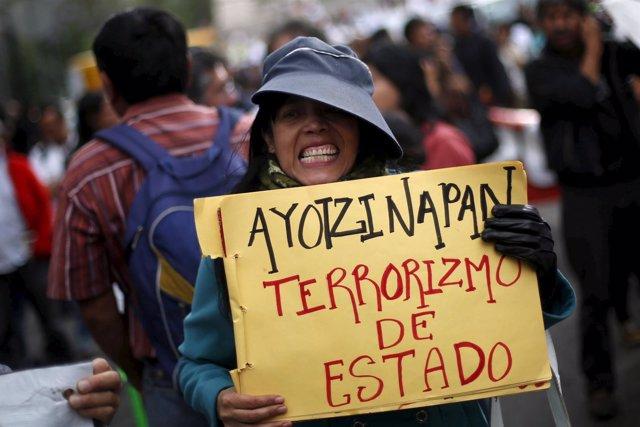 Manifestación 43 normalistas Caso Iguala