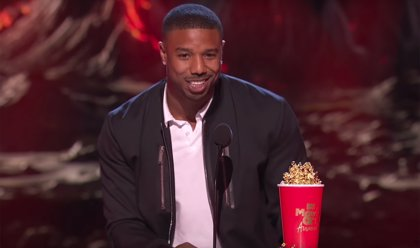 El recado de Michael B. Jordan a la 'villana' Roseanne en los MTV Movie & TV Awards (VÍDEO)