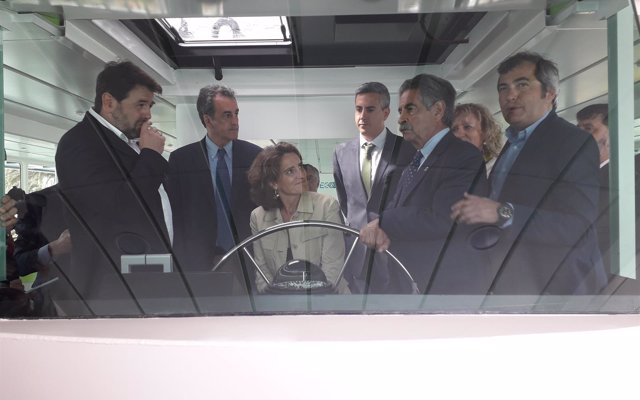 Ribera inaugura el primer barco de pasajeros con energía electrosolar de Europa