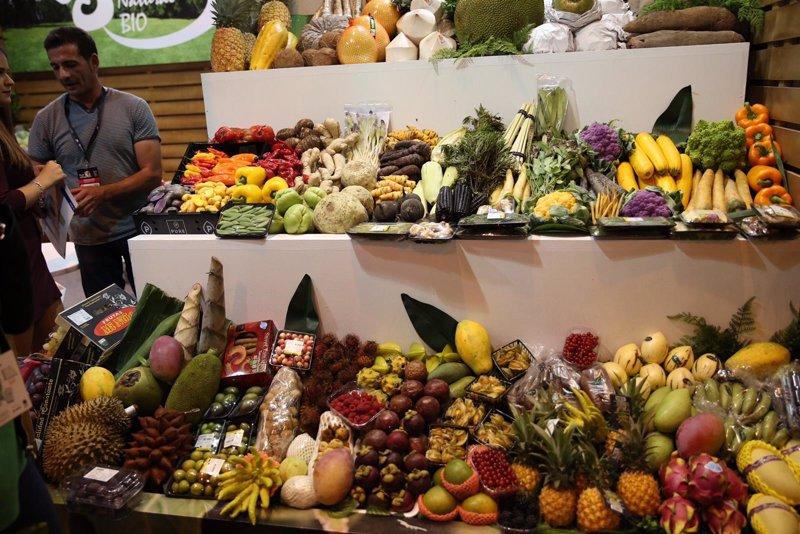 Comer fruta verduras alimentos bajos en carbohidratos y ricos en omega 3 reduce la gingivitis - Alimentos ricos en carbohidratos ...
