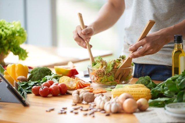 Dieta sana, mediterranea, ensalada, saludable