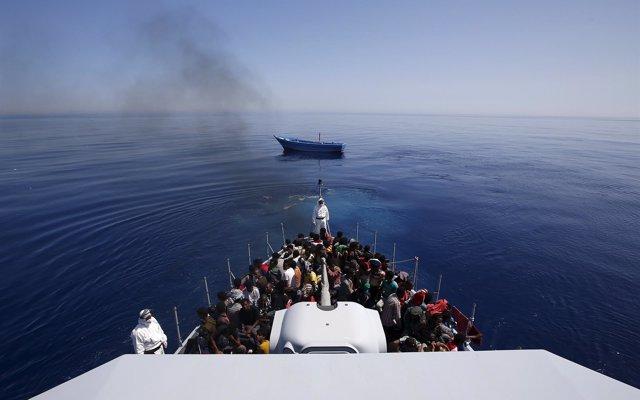 Italia defiende que Frontex trabaje en los países de tránsito de la migración y no en el mar