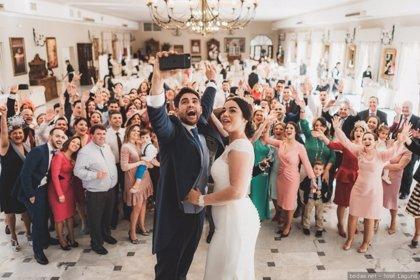 """¿Cuánto hay que """"dar"""" si te invitan a una boda en España?... La eterna pregunta"""