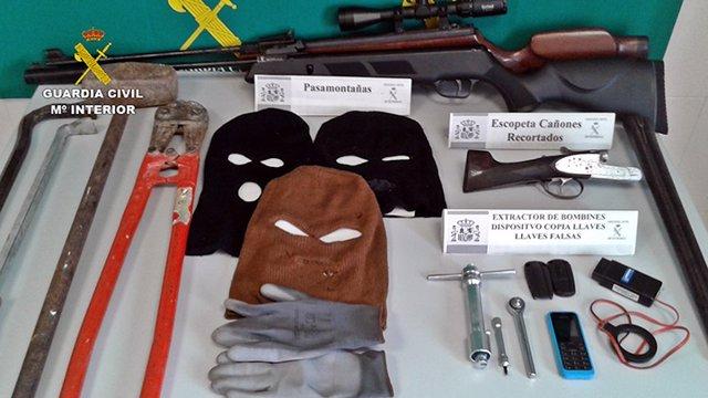 """[Cáceres] """"La Guardia Civil Desarticula Una Banda Especializada En La Sustracció"""