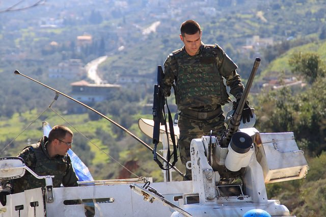 Patrulla de militares españoles en Líbano