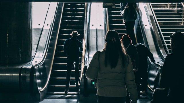 Gente caminando