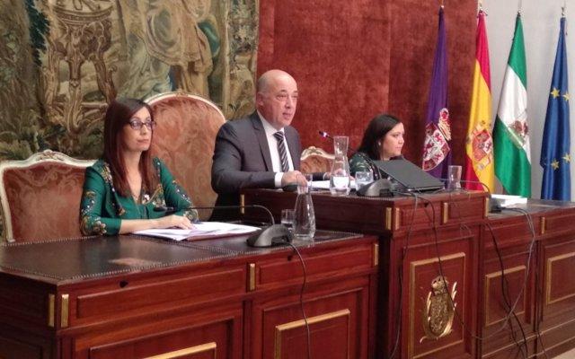El Programa de Concertación y Empleo 2018 pondrá en circulación 8,7 millones y generará unos 2.100 contratos en Córdoba