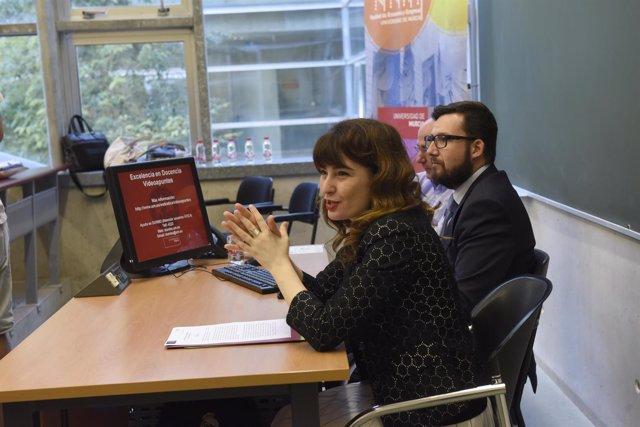 La vicerrectora de Estudios, Sonia Madrid, y el gerente, José Antonio Cascales