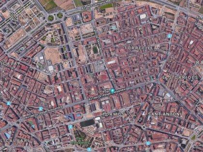 Investigan el hallazgo de un cadáver en estado de descomposición en un descampado de València
