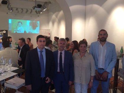 La Rioja promociona sus atractivos turísticos en la Piazza Navona de Roma ante blogueros y prensa especializada